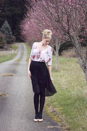 Nordstrom shirt - Forever 21 skirt - New York & Co necklace - Aldo wedges