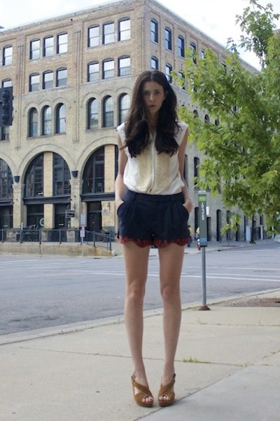 rachel rachel roy shorts - 31 Phillip Lim top - Urban Outfitters wedges