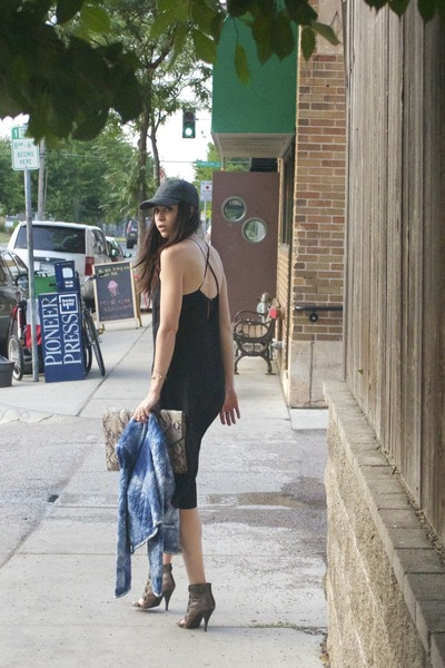black vintage dress - black Target hat - blue MNG for Mango jacket
