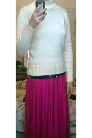 hot pink maxi skirt River Island skirt - white roll neck M&S jumper