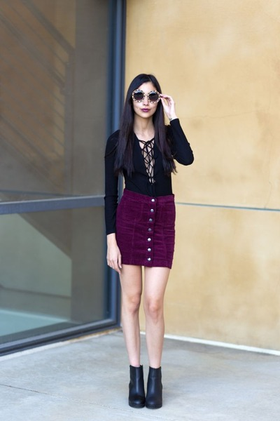 maroon corduroy skirt brandy melville skirt - black ankle boots H&M boots