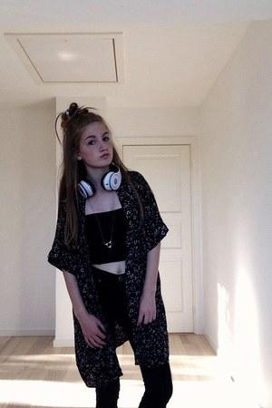 black H&M cardigan