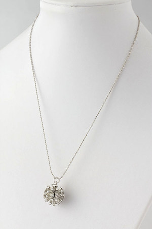 Emma Stine necklace
