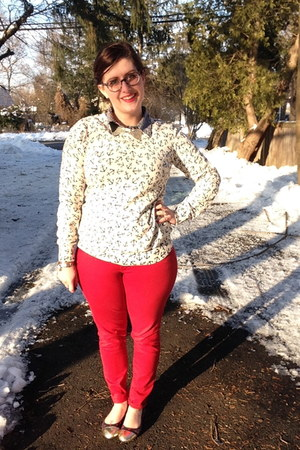 navy BonLook glasses - red Old Navy jeans - off white Old Navy sweater