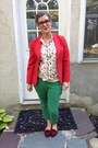 Red-thrifted-vintage-blazer-maroon-bonlook-glasses-white-charlotte-russe-top