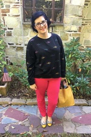 black H&M top - mustard Who What Wear x Target bag - hot pink Gap pants