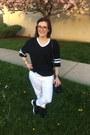 Black-coach-bag-white-whoa-wait-walmart-pants-black-american-apparel-t-shirt