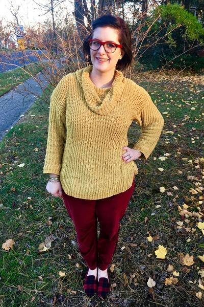 mustard Walmart sweater - white Kendra Scott necklace - ruby red BonLook glasses