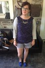 White-old-navy-shorts-light-blue-firmoo-glasses-navy-gap-top