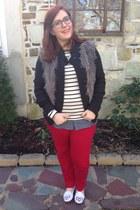 red Loft jeans - black thredup sweater - white Loft top
