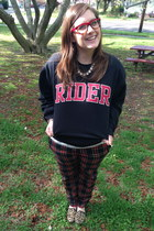 black Rider sweatshirt - white ny & co top - ruby red BonLook glasses