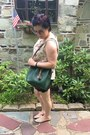 Army-green-dooney-bourke-bag-black-gap-shorts-cream-croft-barrow-top