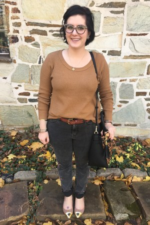 light brown Old Navy sweater - black Reed x Kohls bag - brick red thrifted belt