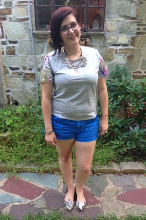 silver gypsy warrior top - blue Walmart shorts - silver Markkit necklace