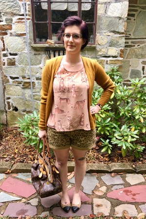 bronze Anthropologie shorts - gold StyleShop  FIT necklace - peach modcloth top