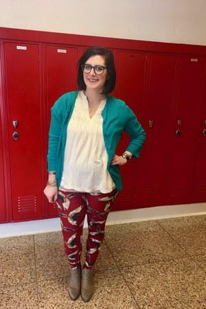 ruby red LuLaRoe leggings - camel Target boots - eggshell banana republic blouse