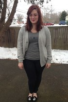 heather gray modcloth t-shirt - navy Walmart leggings