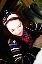 black stolen from my mum  sweater - red scarf - beige scarf - gray Topshop glove