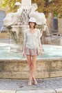 Floppy-sisley-hat-leather-zara-bag-kookai-shorts-kookai-top-zara-sandals
