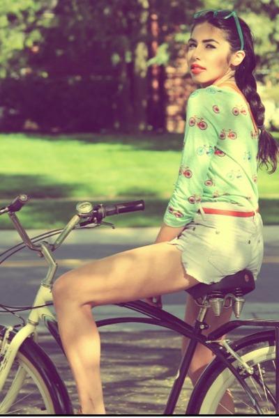 aquamarine bike print Anthropologie shirt - periwinkle free people jeans