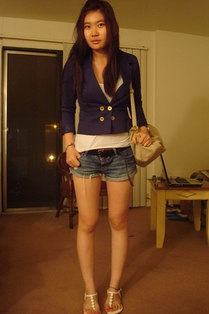 blue h&m blazer - white sandals - gray leather tote
