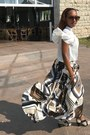 Leather-coach-bag-empress-of-virtue-sunglasses