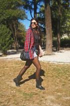 H&M t-shirt - Zara boots - Primark shirt - suiteblanco bag - Ray Ban sunglasses