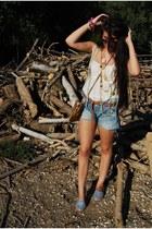 Bershka shorts - BLANCO bag - Ray Ban sunglasses - ria menorca sandals