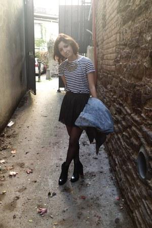 black faux leather vintage skirt - black Minelli boots