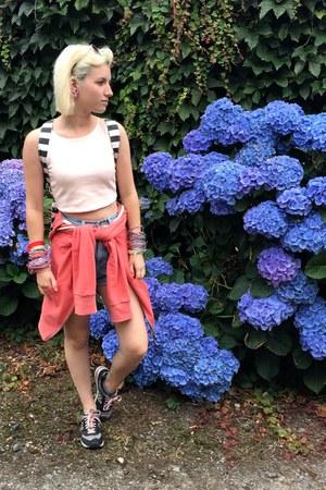 black Topshop bag - sky blue American Apparel shorts