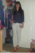 white Forever 21 pants - navy H & M shirt - red Danita K pumps