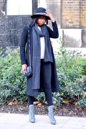 black H&M coat - black Aldo hat - gray Forever 21 scarf - black Primark bag