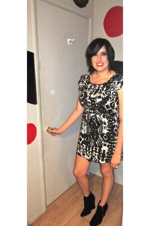 SNAP dress - n by Nicole Miller wedges