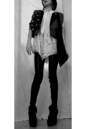 handmade blazer - handmade shirt - H&M scarf - sunglasses - poema pants - heels