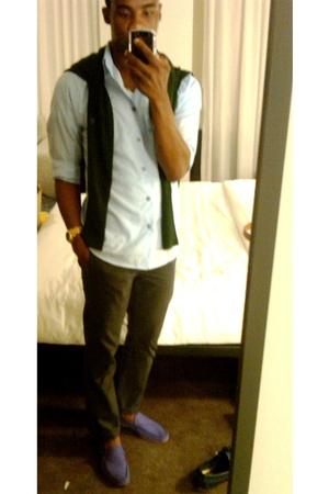H&M shirt - H&M pants - Zara sweater - Zara shoes - Michael Kors accessories