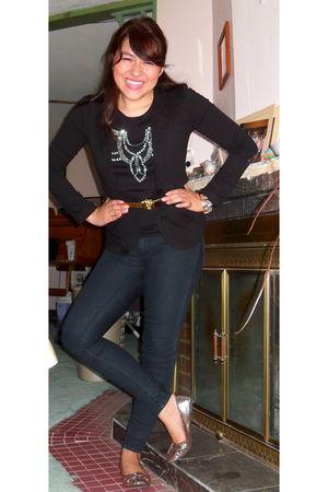 black blazer - black H&M t-shirt - gold vintage belt - blue Loft jeans - silver