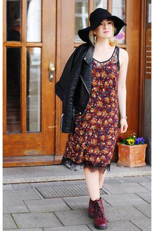 maroon H&M boots - midi floral pull&bear dress