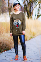 olive green oversized tiger Forever 21 sweatshirt