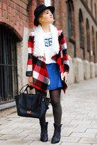 sammydress coat - white printed sammydress t-shirt - blue denim sammydress skirt