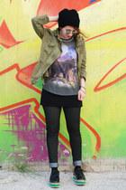 dark khaki parka Zara jacket - print Zara t-shirt
