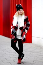 red tartan sammydress coat - white Zara jumper