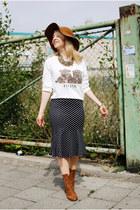 navy Forever 21 skirt - bronze floppy Hallhuber hat