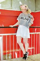 white lace asos skirt - heather gray printed Pimkie sweatshirt