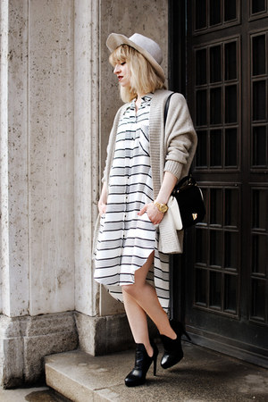off white blouse H&M Trend dress - off white Zara hat - black Zara heels