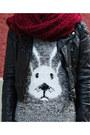 Dark-gray-bunny-primark-romper-maroon-h-m-leggings