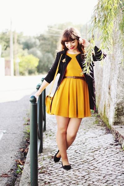 mustard H&M dress - black trench Sheinside coat - mustard Zara bag