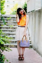 orange neon thecolorIS top - periwinkle Parfois bag