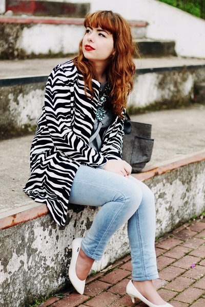 white zebra print Choies coat - light blue Lanidor jeans