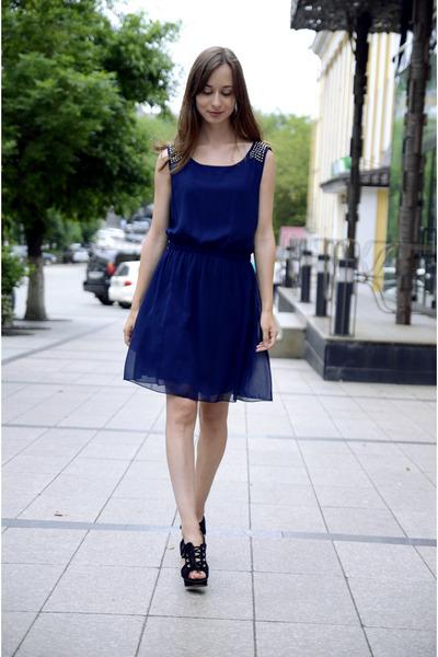 blue uttam dresses black mango shoes quot blue dress