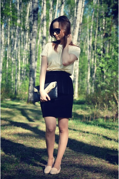 black Mango skirt - cream Mango bag